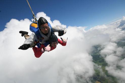 harry-tandem-skydive